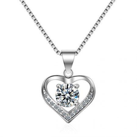 Heart inlay zirconia necklace